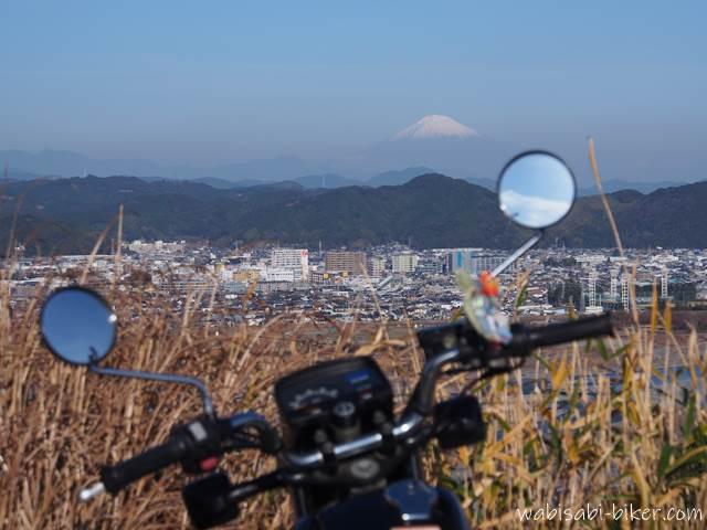 オートバイと富士山