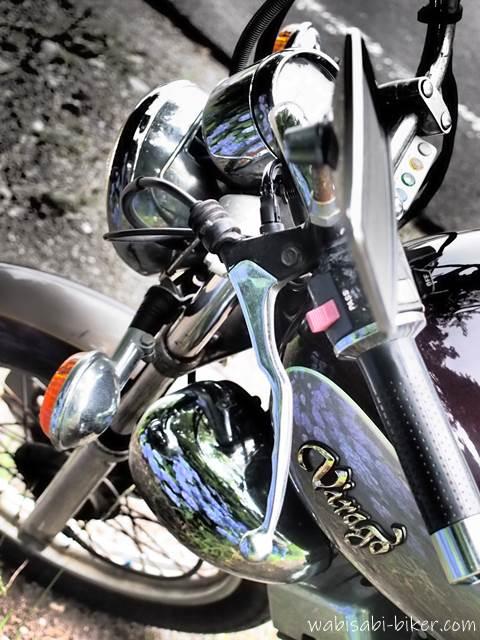 あじさい柄のオートバイ
