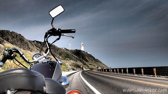 御前崎灯台とオートバイ