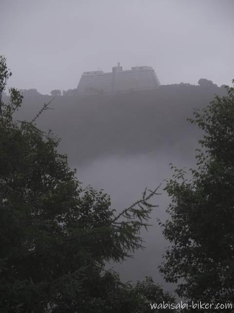霧のウィンザーホテル洞爺