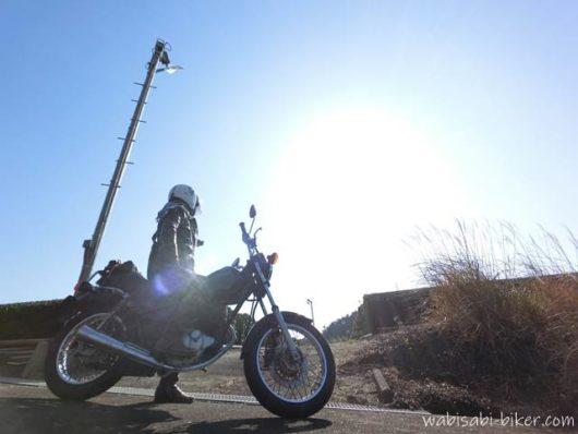 防霜ファンとオートバイ