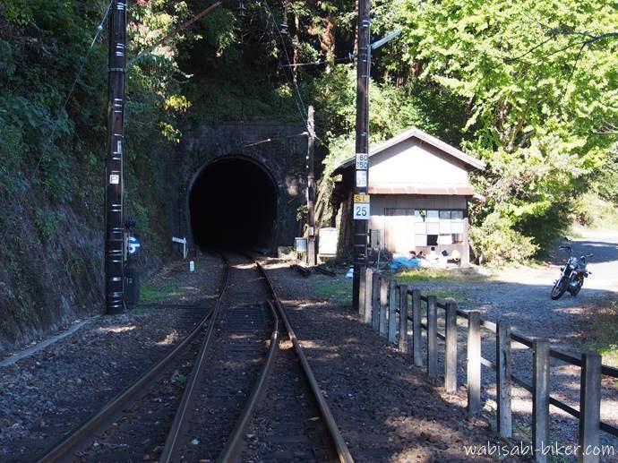 バイクで大井川鐵道の神尾駅
