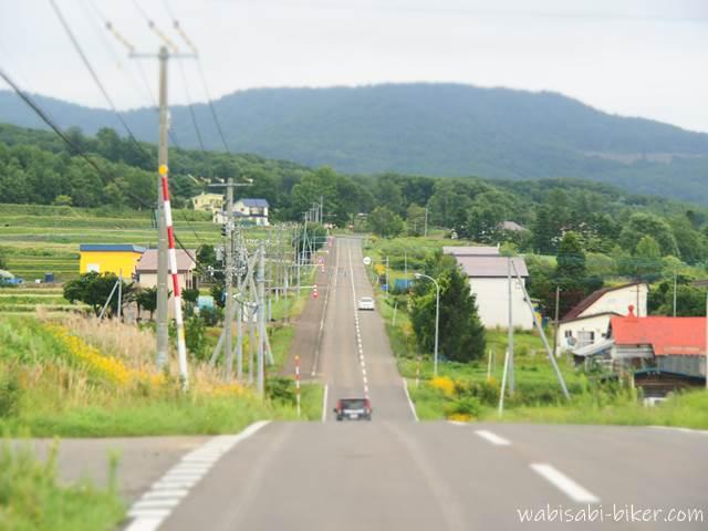 北海道の真っ直ぐな道