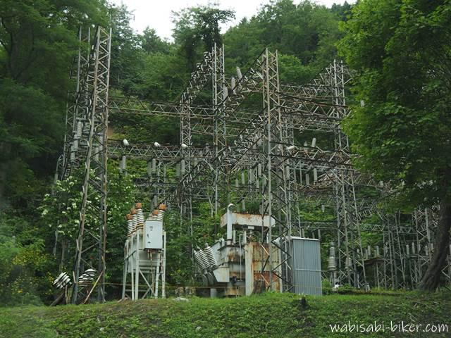 北炭幌内炭鉱変電所の送電線
