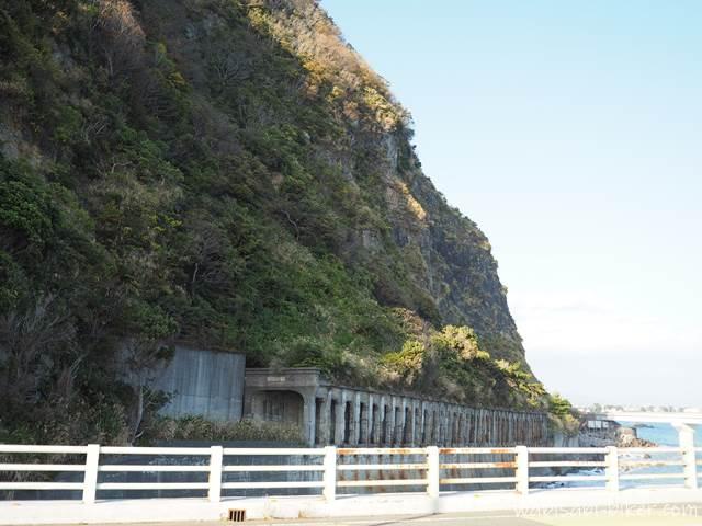 大崩海岸 石部洞門