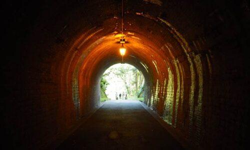 宇津ノ谷峠 明治のトンネル