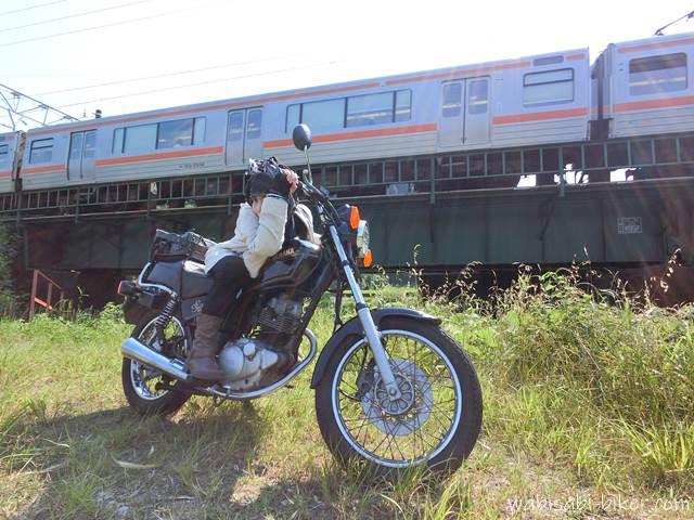 電車とバイクと自撮り